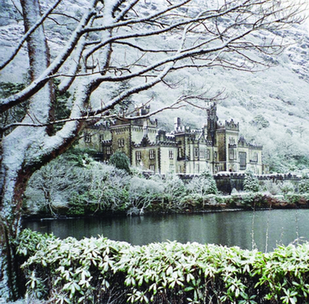 Christmas the easy way at Kylemore Abbey
